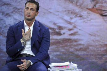 Fabrizio Corona non torna in carcere: