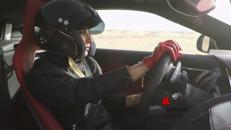Una saudita al volante, la prima volta di Aseel