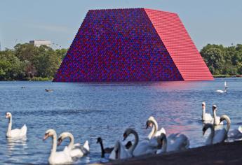 'London Mastaba', la nuova opera di Christo