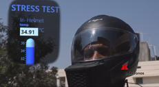 Il casco con il condizionatore