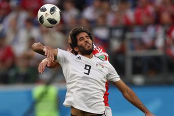 Russia schiacciasassi: 3-1 all'Egitto