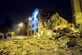 Terremoto, raffica di denunce per contributi casa illeciti