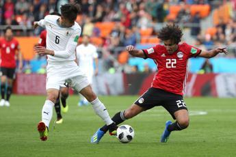 Uruguay beffa Egitto al 90'