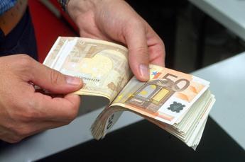 Contanti, limite pagamento: Così aggireranno le norme