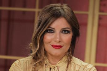 Sanremo, Lucarelli: Così è nata l'idea del monologo con Rula
