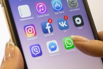 Come controllare lo smartphone di tuo figlio
