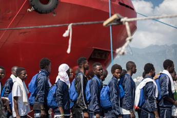 Migranti, ecco il decreto Salvini