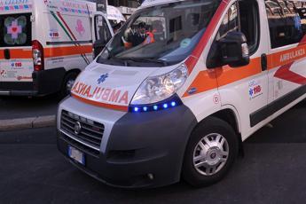 Auto investe turisti, 4 feriti a Taormina