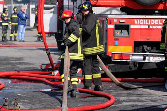 Pavia, esplosione in raffineria Eni