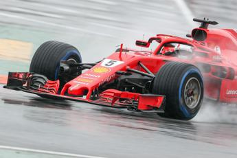 F1 Germania, la Ferrari di Vettel in pole position