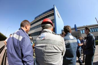 Ilva annuncia sciopero, Di Maio convoca sindacati