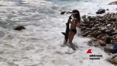 Così a 15 anni ha salvato uno squalo