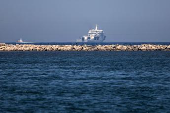 Coastguard ship docks in Trapani with 67 rescued migrants on board