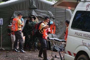 Thailandia, nuovi salvataggi dalla grotta