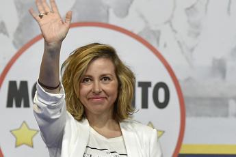 Giulia Grillo: Sono incinta, vaccinerò mio figlio