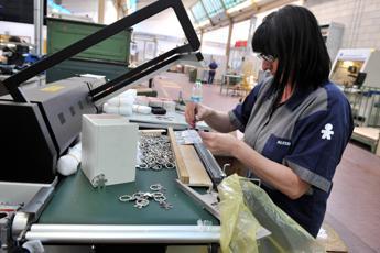 Di Maio: Sconti su costo lavoro per contratti a tempo indeterminato