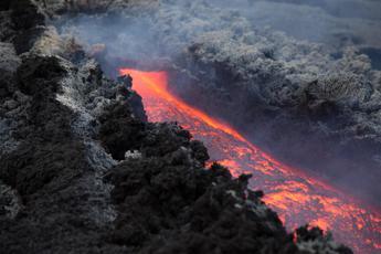 Etna, 40 scosse in 24 ore