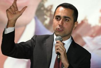 Di Maio calls EU hypocritical after Oettinger's warning