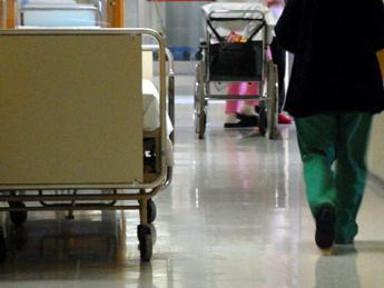 12enne muore di meningite