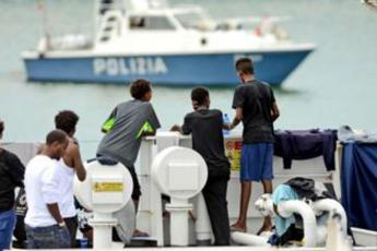 Salvini urges new rules for international rescue ships in the Mediterranean