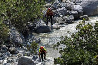 Torrente in piena, 10 morti