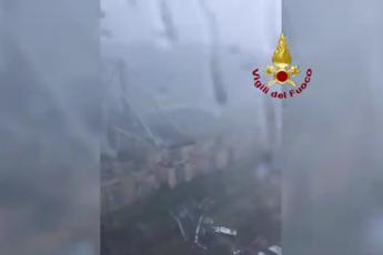 Il disastro visto dall'elicottero