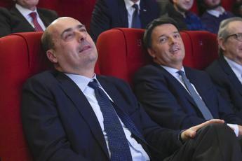 Pd, Renzi boccia Zingaretti