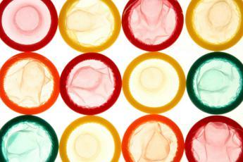Legge sesso sicuro: Iva al 10% su preservativi