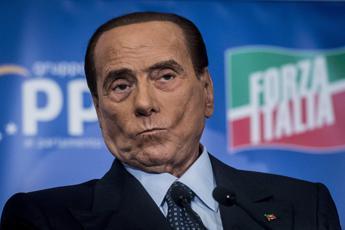 Berlusconi: Reddito cittadinanza buco nero