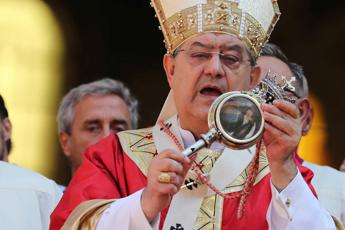 Camorra, appello cardinale Sepe: Deponete le armi