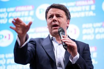 Salvini farnetica, Renzi all'attacco