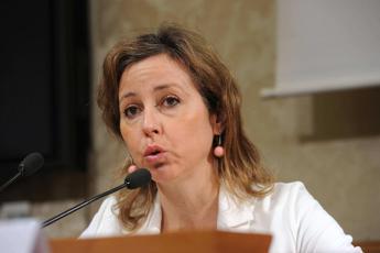 Ministro Grillo: Da lunedì via a scioglimento Ordine dei medici di Catania