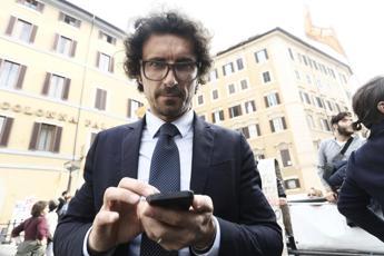 Nuova gaffe Toninelli: è polemica