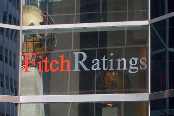 Fitch avverte l'Italia