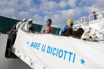 5 Star members to vote if Salvini to stand trial over stranded migrants