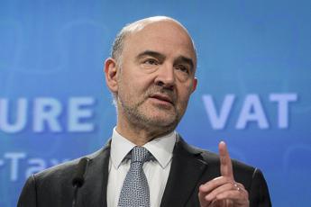Deficit, Moscovici avverte l'Italia
