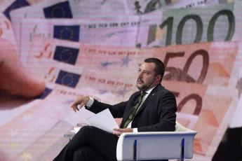 Fondi Lega, Salvini paga a rate