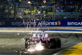 Gp Singapore, safety car subito in pista