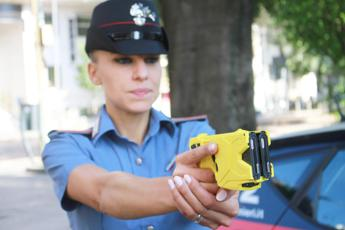 Ipotesi taser anche a polizia locale