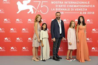 A Venezia 10 minuti di applausi per 'L'Amica Geniale'