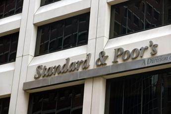S&P conferma rating Italia a BBB con outlook negativo