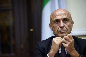 Minniti segretario, l'appello dei sindaci Pd