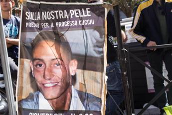 Caso Cucchi, la svolta: carabiniere accusa i colleghi Il post di Ilaria