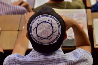 Antisemitismo, niente kippah in pubblico in Germania