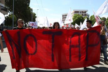 Tap, Di Maio: Con stop penali da 20 miliardi