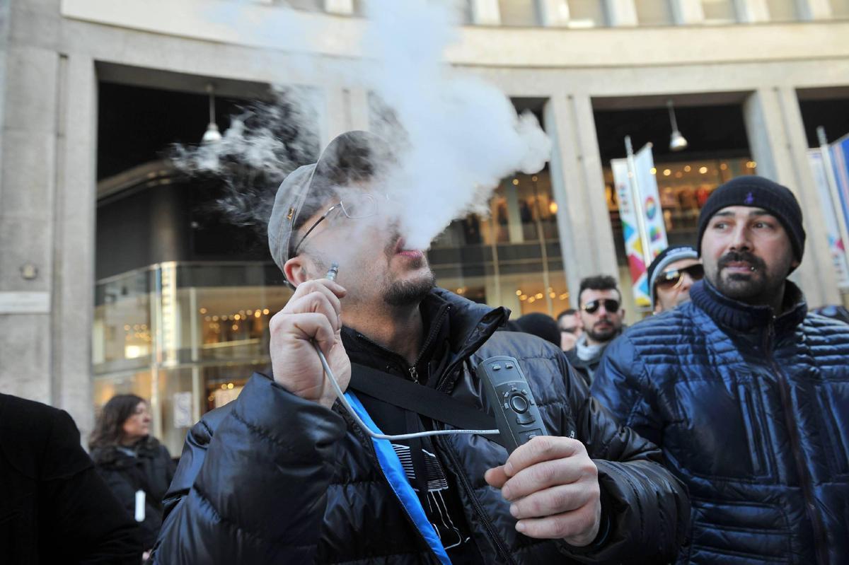 Fumo, con prodotti alternativi migliora salute sessuale