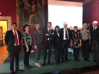 Politici e associazioni insieme per diritti pazienti cancro