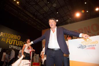 Renzi: Non lasciamo l'Italia ai cialtroni