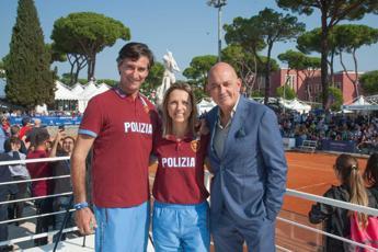 Polizia di Stato all'ottava edizione di 'Tennis&Friends'