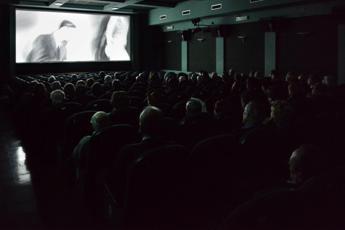 Film italiani in sala e su Netflix? Cambiano le regole